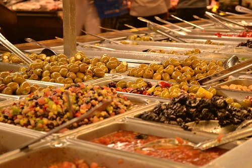 wegmans olive bar